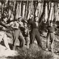 Comment a-t-on appelé les combattants de la résistance intérieure cachés dans les montagnes et les forêts ?