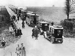 Quel est le nom des taxis qui transportèrent les 6 et 7 septembre 1914 les fantassins de la 7ème division sur le champ de bataille?
